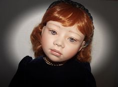 """VERY PRETTY CHRISTINE ORANGE LIMITED EDITION DOLL RED HAIR """"NEVE"""" 25 OF 600  28"""""""