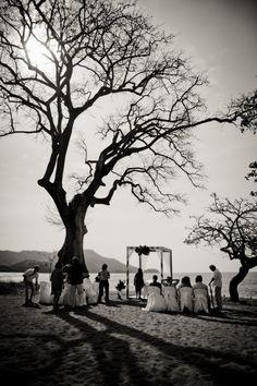 Riu Guanacaste, Costa Rica WeddingDayStory, Destination Wedding Photography in Mexico, Costa Rica and Dominican Republic. Celebrating the Simple Romance of Weddings in the Sun. www.weddingdaystory.com