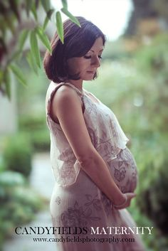 how to pose for maternity portraits guide