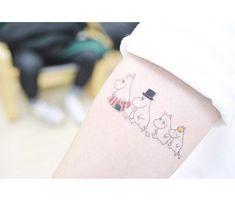 Moomin Family tattoo art on arm Small Girl Tattoos, Large Tattoos, Family Tattoos, Mini Tattoos, Sexy Tattoos, Flower Tattoos, Body Art Tattoos, Tattoos For Guys, Tatoos