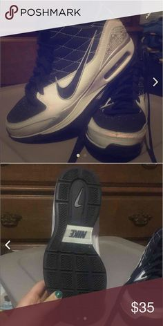 NIKE BASKETBALL SHOES ✅Worn playing basketball, never worn off of the basketball court. PERFECT condition. Nike Shoes Athletic Shoes