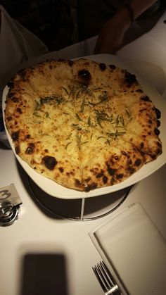 Pizzetta aglio e rosmarino - A: 3