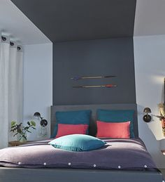 Make your home decor unforgettable with a painted ceiling to amp up your interior style. Here are some handy tips and tricks straight from Kenisa! Home Bedroom, Bedroom Wall, Bedroom Decor, Bedroom Headboards, Bedroom Ideas, Room Paint, Interior Design Living Room, Furniture, Aide