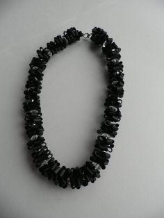 Handgemaakte ketting..De halsketting is gemaakt met door assieshop