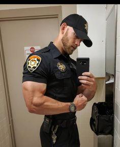 Cops wearing a Wristwatch: Archive Sexy Military Men, Hot Army Men, Hot Cops, Hunks Men, Ginger Men, Men In Uniform, Hommes Sexy, Muscular Men, Stylish Men