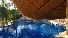 Curvas Hotel Recanto da Cachoeira http://www.hotelrecantocachoeira.com.br/