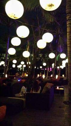 SEMINYAK (SOmething A Little Special) - WOOBAR at W Retreat & Spa Bali - Seminyak - JL Petitenget