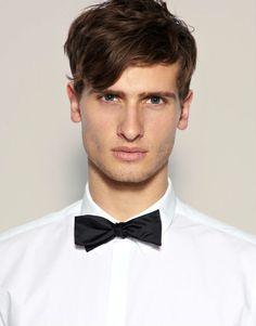 Novios sofisticados con pajarita #boda #novios #complementos