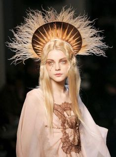 """𝒸𝑜𝓊𝓇𝓉 on """"Jessica Stam at Jean Paul Gaultier Haute Couture Spring Jessica Stam, Elie Saab Couture, Dior Haute Couture, Couture Fashion, Steampunk Fashion, Gothic Fashion, Fashion Men, Jean Paul Gaultier, Paul Gaultier Spring"""