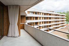 www.gigon-guyer.ch de bauten wohnbauten Wooden Architecture, Facade Architecture, Contemporary Architecture, Gigon Guyer, Cluster House, Building Exterior, Park Homes, Stairs, Outdoor Decor