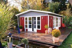 Rotes Gartenhaus für die perfekte Urlaube! Mehr auf www.pineca.de/gartenhauser/