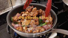 Tofu Soup, China Food, Croissant, Sandwiches, Stuffed Mushrooms, Meals, Chicken, Stuff Mushrooms, Chinese Food