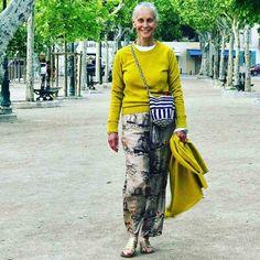 Ageless Style-Linda V Wright - Cindy Hattersley Design Over 50 Womens Fashion, Fashion Over 50, Fashion Night, Fashion Today, Cheap Fashion, Fashion Women, Mode Outfits, Fashion Outfits, Fashion Tips