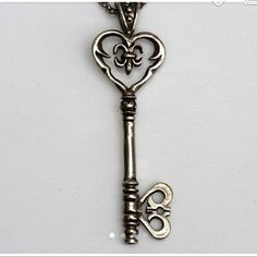 Silver Key necklace Victorian Key Necklace Made in NYC Skeleton Key Necklace, Heart Frame, Hand Carved, Nyc, Victorian, Bronze, Jewels, Watches, Sterling Silver