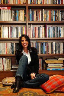 """Martha Medeiros: Outra grande escritora. A primeira pessoa que li e pensei: """"É essa vida que quero para mim."""""""