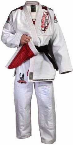 550 Gram pre-shrunk cotton Built-in rash guard lining throughout the jacket and arms The durable Gi uses the famous Pearl Weave and features embroidered patchesLightweight ripstop pantsOver 300000 em...