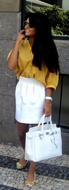 I love the matching white with the opo of color, especially for summer!