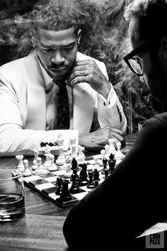Kid Cudi and Jeremy piven playing Chess. Marcel Duchamp, Madonna, Chess Tactics, Jeremy Piven, Its A Mans World, Figure It Out, The Wiz, Beautiful Men, Beautiful Moments