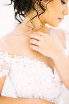 bridal details - photo by Leah Golter Photography http://ruffledblog.com/romantic-airy-texas-wedding