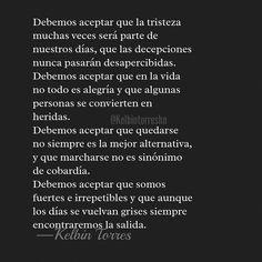 DEBEMOS ACEPTAR 💪. #frasesdevida #love #lovequotes #literature #literatura #photo #photoofday #fotografia #foto #friends #catracho #honduran #honduras #poetry #poet #poetrycommunity #letras #autor #textgram #textposts #autor #instagolden #instapic #amantedeletras #accionpoetica #kelbintorreshn #español #letrasenespañol #coach #coaching