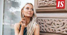 Näillä tuotteilla teet kauniin kesäisen hehkun iholle, vinkkaa Metti Forssell. Aloe Vera, Hoop Earrings, My Style, Beauty, Fashion, Moda, Fashion Styles, Cosmetology, Fashion Illustrations