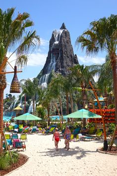 The Ultimate Insider Guide to Universals Volcano Bay - Travel Orlando - Ideas of Travel Orlando - Everything you need to know about the great slides lazy rivers virtual queue and dining options at Universal's Volcano Bay. Orlando Travel, Orlando Vacation, Florida Vacation, Florida Travel, Vacation Trips, Dream Vacations, Florida Hotels, Universal Orlando, Universal Studios Rides