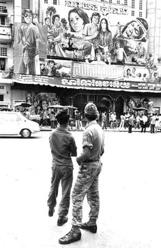Lon nol regime cinema in Phin penh 1970 to 1975 Old Pictures, Old Photos, Trekking, Asia City, Excursion, Cinema Movies, Vintage Lettering, Phnom Penh, Angkor