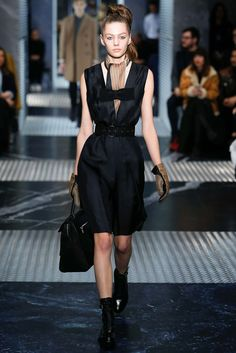 Prada Pre-Fall 2015 Runway – Vogue