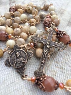 Sacred Heart of Jesus & Our Lady of Mt. Our Lady Of America, Divine Mercy Rosary, Lady Of Mount Carmel, Heart Of Jesus, Catholic Gifts, Rosary Beads, Rosaries, Sacred Heart, Bead Caps