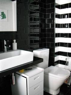 Ba o en blanco y negro estudio minosa design tecno for Bano blanco y negro
