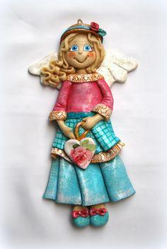 ozdoby i figurki z masy solnej | anioł z masy solnej w pastelach, salt dough angel