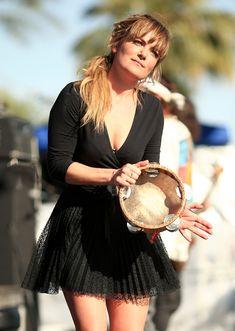 Julia Stone, Coachella Valley, Art Festival, Singer, Summer Dresses, Music, Hair, Beauty, Google Search
