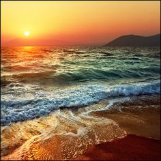 """""""the sea [...] imposes a rhythm upon everything in me that is bewildered and confused."""" -Rainer Maria Rilke"""