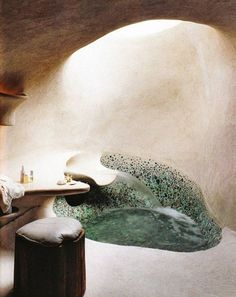 beautiful concrete bathroom with skylight! Now this is what I like! Would work well in a Cobb house, or an underground home Dream Bathrooms, Beautiful Bathrooms, Bathtub Dream, Home Interior, Interior And Exterior, Bathroom Interior, Bohemian Interior, Interior Colors, Interior Designing