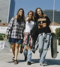 """""""Grunge"""" fashion was born in the 1990s. It came to prominence in the United States at the beginning of the period as an effect of financial problems combined with a rising popularity of alternative rock music (Pearl Jam, Nirvana, etc...). Grunge was Punk fashion meets baggy, ripped jeans and lots of flannel. LOTS OF PLAID FLANNEL!"""