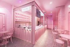 A modern monochromatic pink bakery interior draws inspiration from California motel aesthetic. Cafe Interior Design, Boutique Interior, Retail Interior, Cafe Design, Store Design, Design Shop, Design Design, Café Exterior, Pink Cafe
