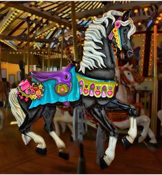 Black carousel horse by Jack Harwick From Those Magnificent Carousel Ponies… Carrousel, Nocturne, Carosel Horse, Circus Music, Wooden Horse, Painted Pony, Merry Go Round, Beautiful Horses, Pretty Horses