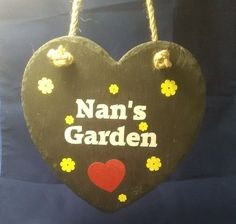 Nan's Garden slate heart Creative People, Slate, Christmas Ornaments, Holiday Decor, Handmade Gifts, Heart, Garden, Crafts, Kid Craft Gifts