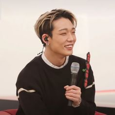 """WAWA ☀︎︎ 🦕 REST on Twitter: """"p p p p ini kaa… """" Bobby S, Show Me The Money, Ikon, Rapper, People, Rest, Twitter, Baby, Baby Humor"""