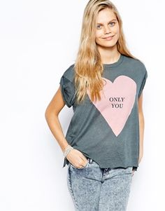 Wildfox T-Shirt With Oversized Heart Print
