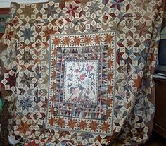 medallion quilt With variety of pieced blocks