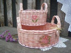 Плетение из бумажной лозы: мастер класс Wicker Baskets, Straw Bag, Album, Bags, Home Decor, Group, Decoration, Handbags, Decor