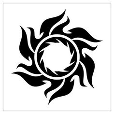 Art Tribal Sun Tattoo Designs – Tattoo World Black Sun Tattoo, Sun Tattoo Tribal, Moon Sun Tattoo, Sun Tattoos, Body Art Tattoos, Tattoos For Guys, Tribal Tattoos Girls, Maori Tattoos, Tatoos