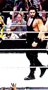 "kingromansreign: "" Roman Reigns+ Black tank top "" He needs to wrestle shirtless. Roman Reigns Gif, Roman Reigns Family, Samoan Men, Beautiful Joe, Roman Regins, Wwe Superstar Roman Reigns, Best Wrestlers, Burn It Down, Wwe World"