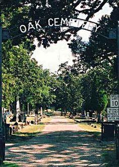 Oak Cemetery in Fort Smith, Arkansas