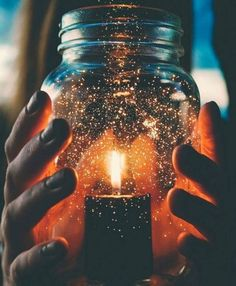 Your wishes I my jar. Creative Photography, Amazing Photography, Nature Photography, Moonlight Photography, Photography Ideas, Tumblr Aesthetic Photography, Photography Composition, Photography Business, Landscape Photography