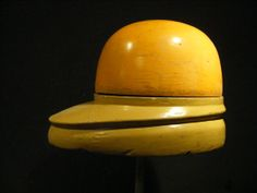 Vintage wooden hat block, millinery, fascinator, forme à chapeau, hoedenmal