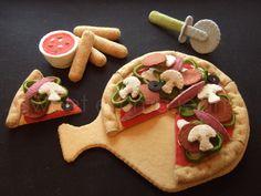 Felt Food Pattern - Felt Pizza Party Set - Pattern PDF - DIY Felt Play Food. $6.99, via Etsy.