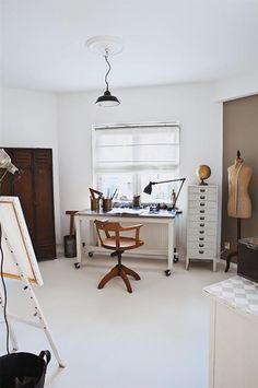 9 Most Impressive Home Offices of 2012 // Девет от най-впечатляващите домашни офиси на 2012   79 Ideas