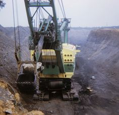 Topic read? Coal strip mine hydraulic shovel